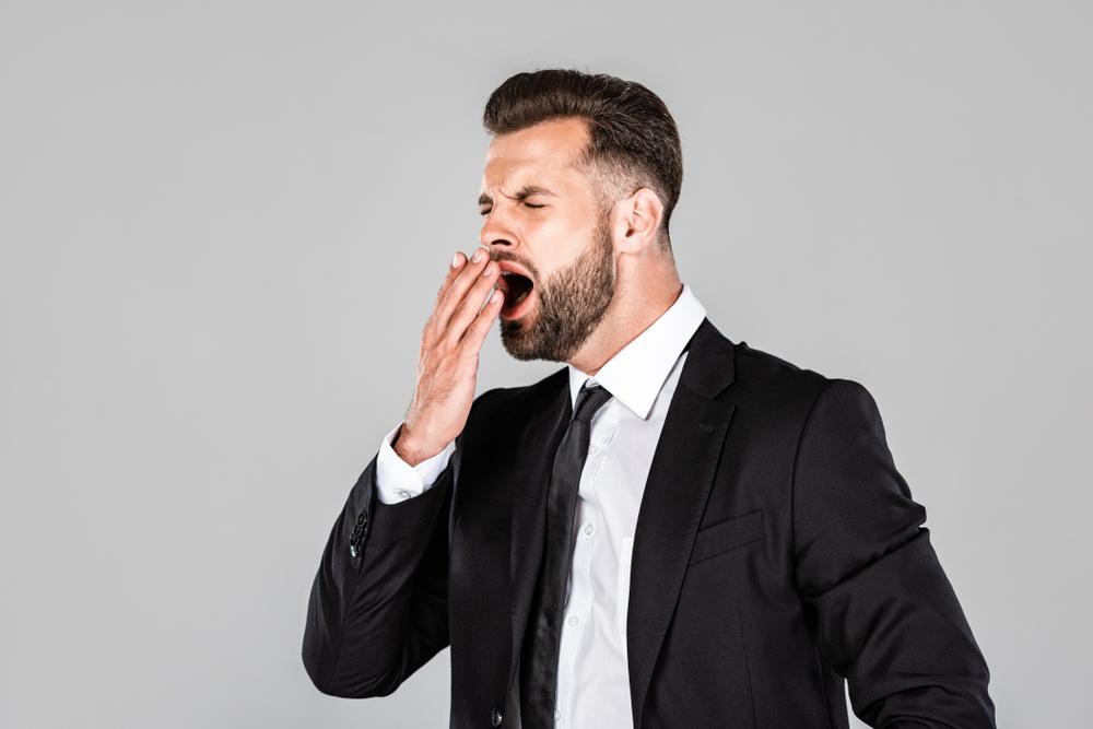 あくびをする心理で相手の気持ちを知るコツ