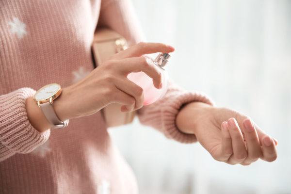 香水をプレゼントする心理には男女により違いがある!?